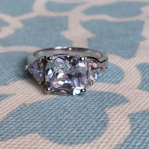 Bella Luce ring size 9